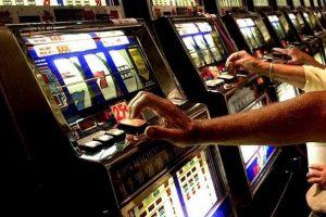 Corso per gestori di sale da gioco e di locali con apparecchi per il gioco d'azzardo lecito